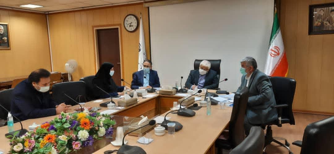 برگزاری جلسه جمع بندی نتایج سفر هیئت اعزامی آموزش و پرورش با حضور دکتر علیرضا ورناصری