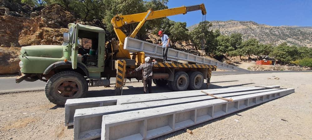 اجرای عملیات برقرسانی به منطقه محروم شلا در اندیکا