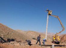 با پیگیری های دکتر علیرضا ورناصری برق رسانی به ۵ روستای فاقد برق شهرستان لالی،اصلاح شبکه های برق و توزیع سلول خورشیدی قابل حمل بین عشایر شهرستان لالی صورت پذیرفت: