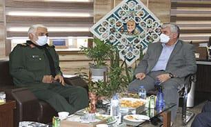 دیدار و گفتگوی نماینده مردم مسجدسلیمان با مدیرکل حفظ آثار و نشر ارزشهای دفاع مقدس خوزستان